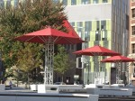 FIL, installations pour la lecture en plein air dans le Quartier des Spectacles