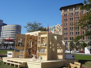 Photos Jacqueline Mallette : Festival International de Littérature, FIL, installations pour la lecture en plein air dans le Quartier des Spectacles