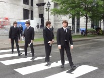 REPLAY THE BEATLES sur la traverse clin d'oeil à Abbey Road de Montréal Credit photo Jacqueline Mallette