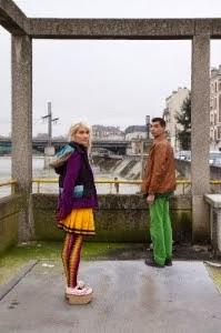 Depuis trois décennies, la compagnie GRAND MAGASIN présente des spectacles qu'elle-même ne pourrait définir mais auxquels elle rêverait d'assister.  Les Rois du Suspense avec Pascale Murtin et François Hifflerest  à l'usine C du 5 au 7 mars 2014