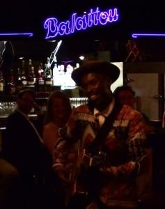 Bongeziwe Mabandla, en concert au club Balattou, Festival international Nuits d'Afrique, Montréal 2015